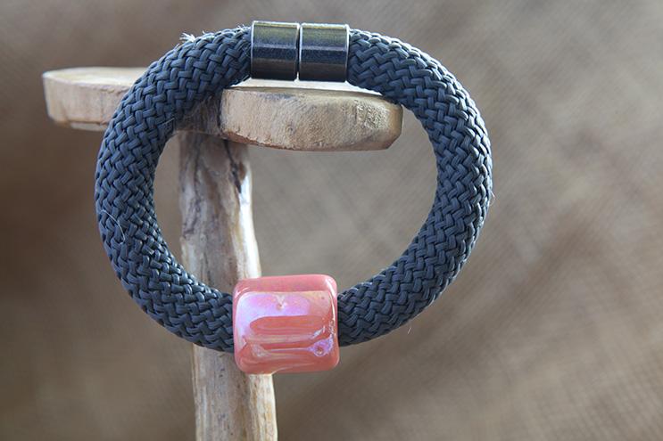 Image of Column Bead Bracelet
